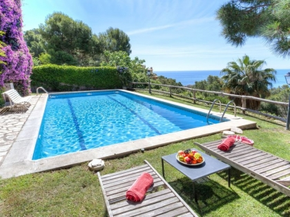 Location villa  piscine 709BRA-113 7