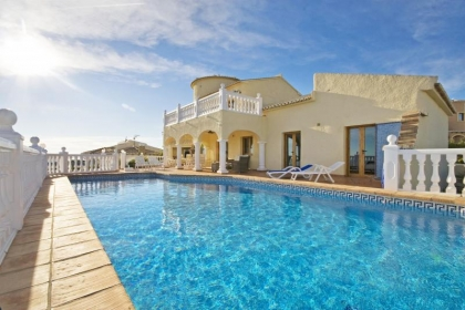 Rental villa  swimming-pool OL SO 3