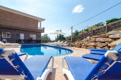 Location villa  piscine CV ARDI 2