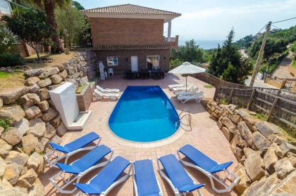 Location villa  piscine CV ARDI 7
