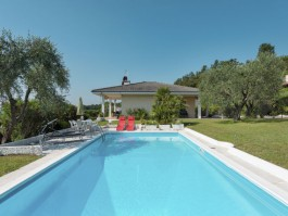 Location villa 709IT-048
